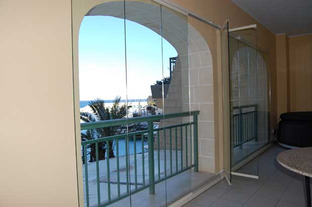 How It Works Frameless Glass Patio Doors